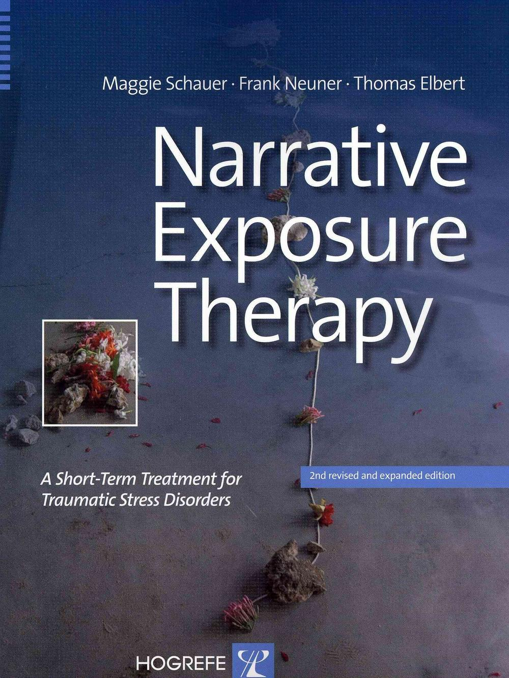 the benefits of narrative therapy Narrative therapy is a type of therapy that can help individuals to take charge of their lives and potentially shed some of the labels and negativity that may be shaping behaviors and self-destructive patterns.
