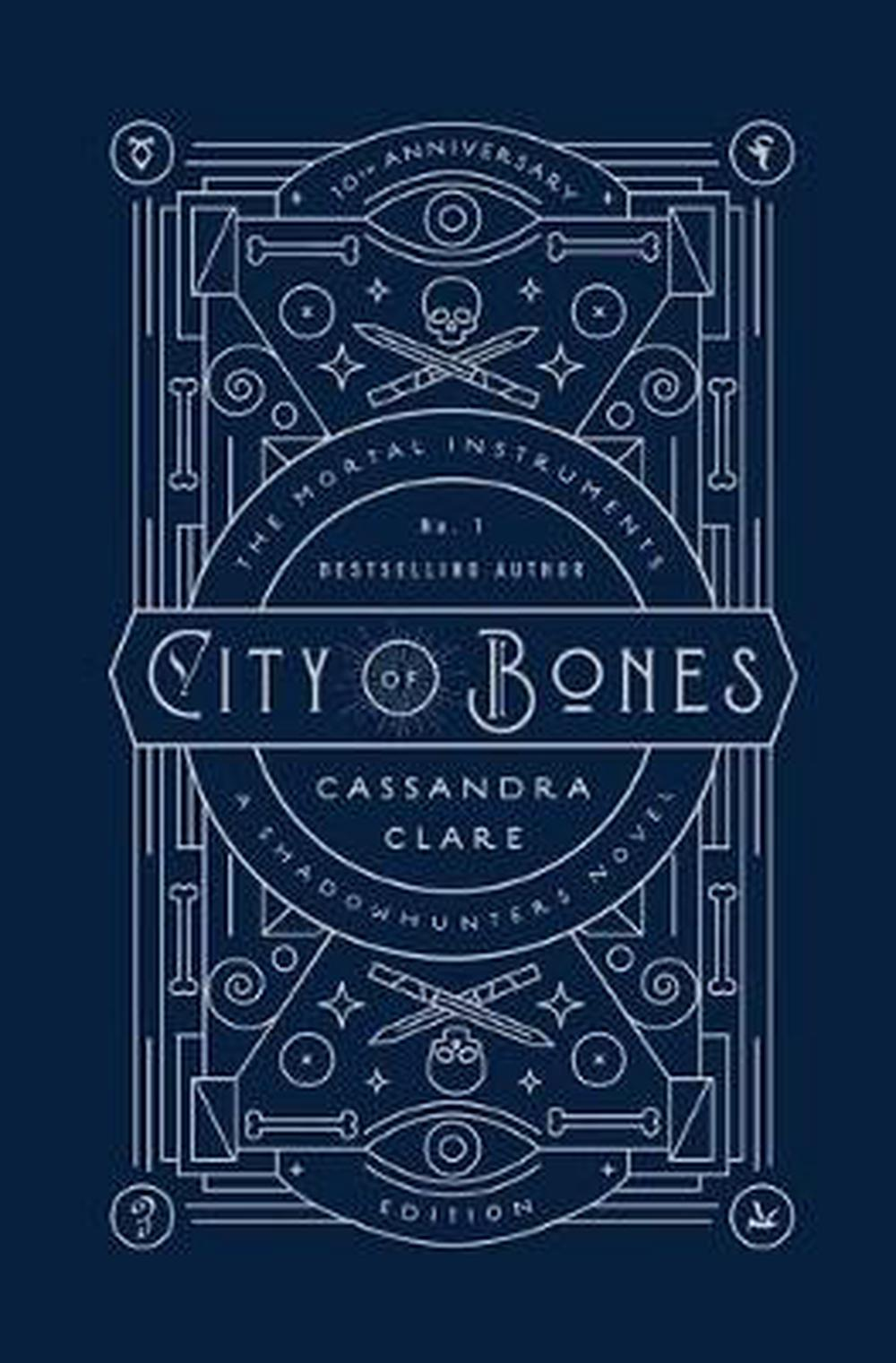 City of Bones: 10th Anniversary Edition (Mortal Instruments)