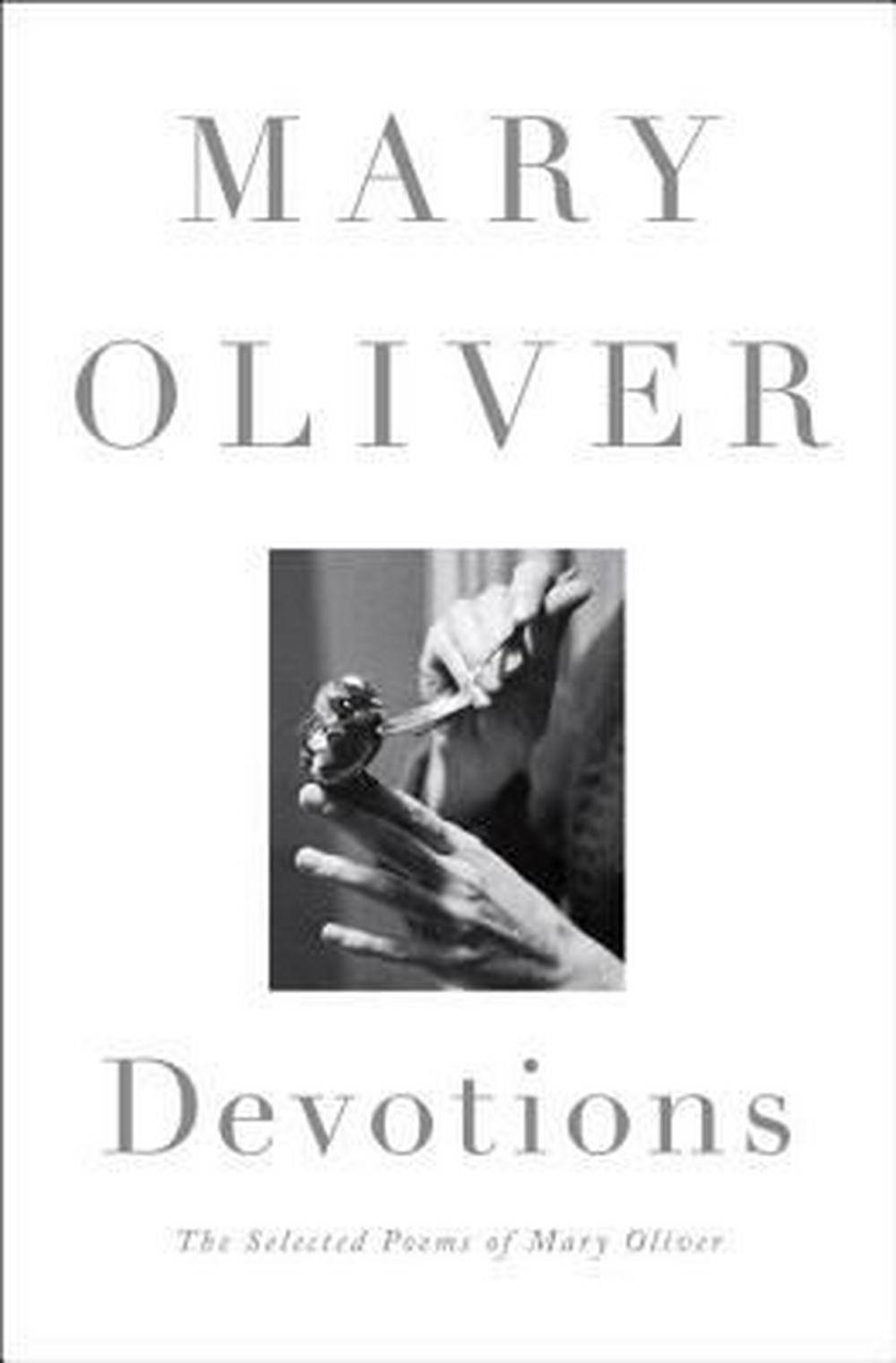 Devotions by Mary Oliver, ISBN: 9780399563249
